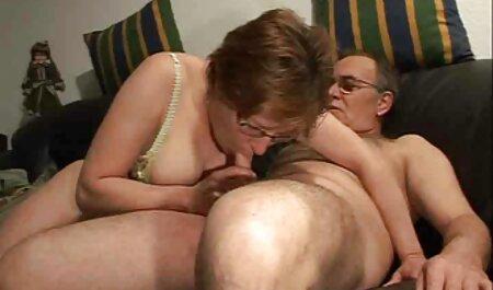 Yhivi prend porno français père et fille le plus gros cok dans le cul et en profite