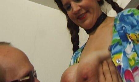 Les mamans perverses se font baiser par leurs fils porno francais dialogue
