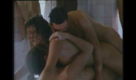 Je sais que tu aimes sucer mes petits orteils roses incest french porn